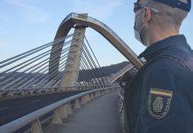 Policía h50 suicidio Ourense Puente del Milenio