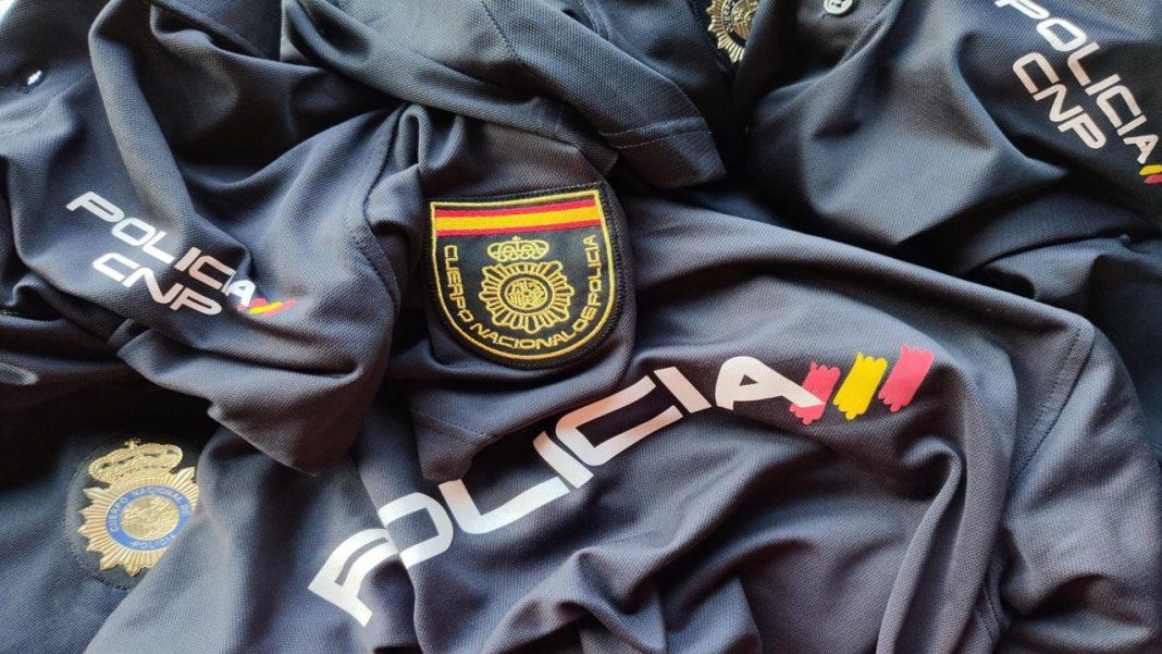 Uniforme policía nacional