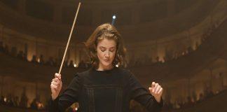 La directora de orquesta película