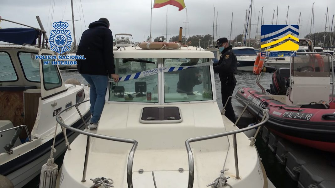 La Policía Nacional detiene a 20 personas dedicadas al tráfico ilegal de inmigrantes en embarcaciones entre el norte de África y España