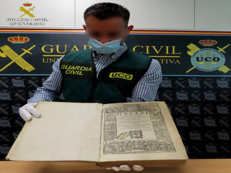 La Guardia Civil recupera bienes culturales de gran valor histórico que se  daban por desaparecidos - h50